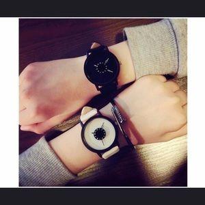 Accessories - 💕New! Fashion premium leather women's watch 💕